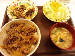 コクみそ野菜牛丼.JPG